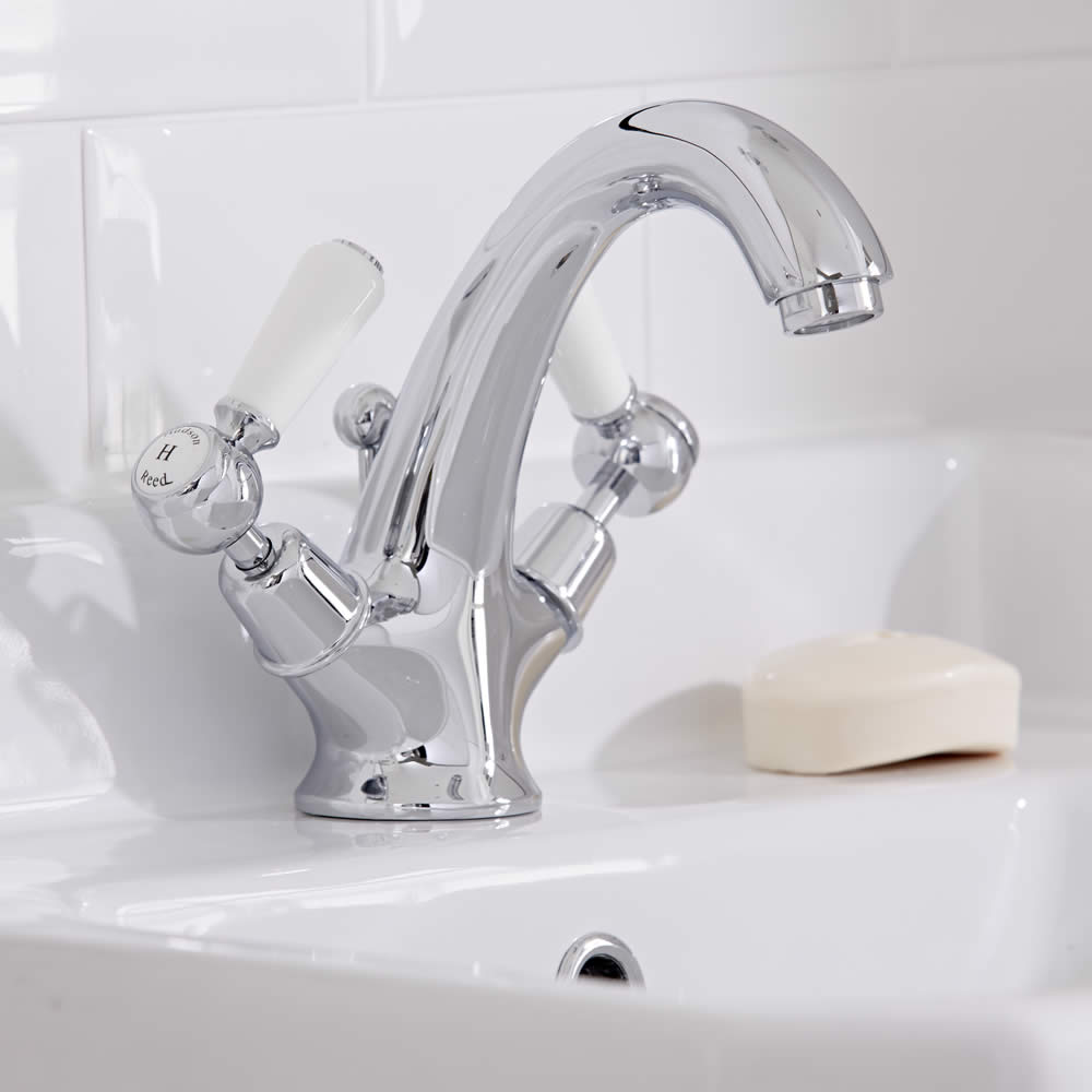 Hudson Reed Elizabeth - Traditional Lever Head Deck Mounted Mono Basin Mixer Tap - Chrome and White