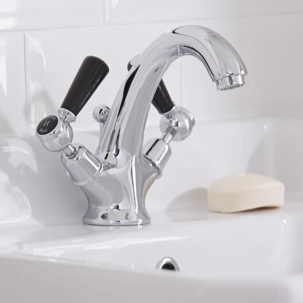 Hudson Reed Elizabeth - Traditional Lever Head Deck Mounted Mono Basin Mixer Tap - Chrome and Black