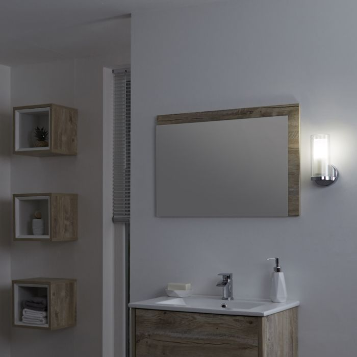 Milano Fischa - Straight Bathroom Wall Light