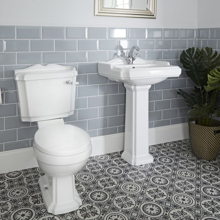 Milano Windsor - Traditional Close Coupled Toilet and 1 Tap-Hole Pedestal Basin Set