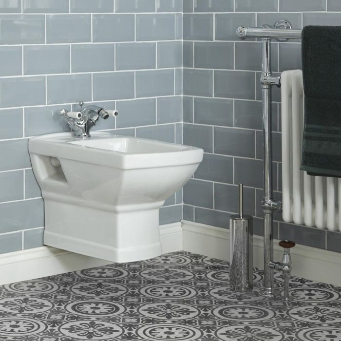 Milano Sandringham - Traditional Wall Hung Bidet with Frame
