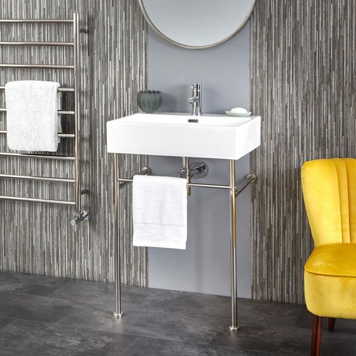 Milano Elswick - 600mm Basin with Chrome Washstand
